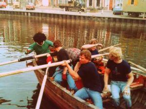 Eerste roeiteam buiten zeevaartscholen en Terschelling om, met HT race